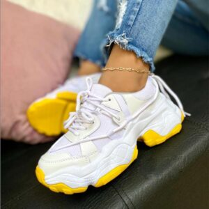 Tenis blancos de moda 2021